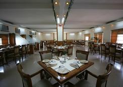 Aapno Ghar Resort - Gurgaon - Restaurant