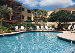 Courtyard by Marriott Orlando Lake Buena Vista at Vista Centre - Lake Buena Vista - Pool