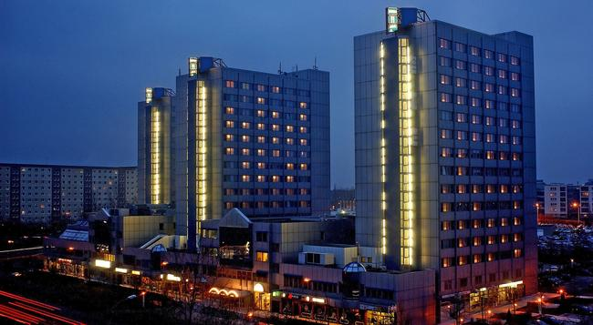 City Hotel Berlin East - Berlin - Building