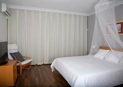Carabela Beach & Golf Hotel - Matalascañas - Bedroom