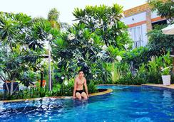 Hak's House (Family Guesthouse) - Siem Reap - Pool