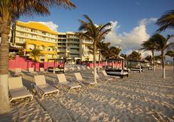 Hotel Nyx Cancun - Cancun - Beach