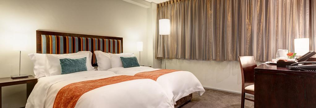 Fountains Hotel - Cape Town - Bedroom