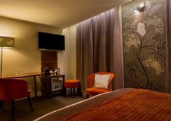 Hotel Royal Madeleine - Paris - Bedroom