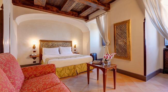 Hotel San Francesco Al Monte - Naples - Bedroom