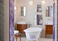 Hotel Crayon - Paris - Bathroom