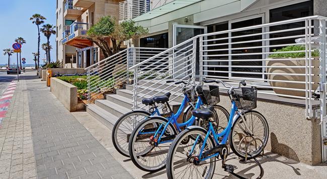 The Savoy Tel Aviv Sea Side Hotel - Tel Aviv - Building