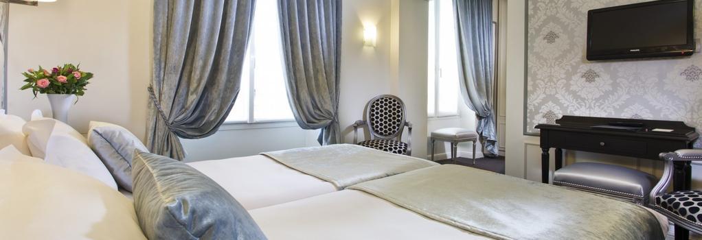 Hotel Saint Petersbourg Opera - Paris - Bedroom
