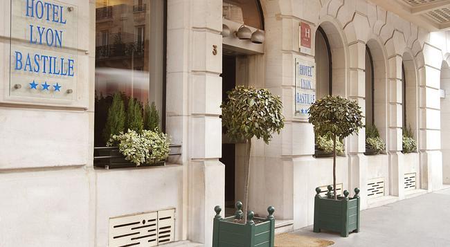 Hotel Lyon Bastille - Paris - Building