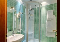 Hotel Corot - Rome - Bathroom