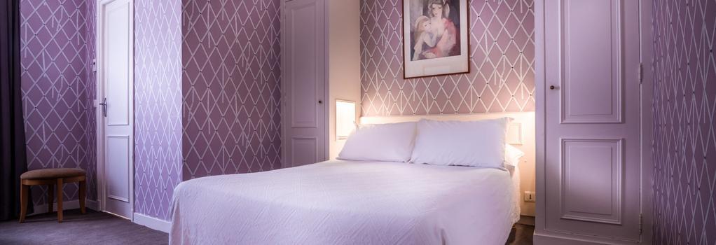 Hotel Royal Opera - Paris - Bedroom