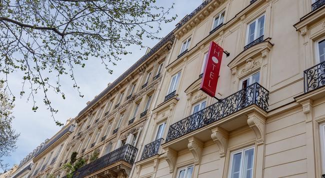 Hotel Montfleuri - Paris - Building
