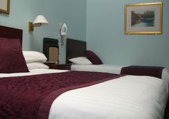 Kings Paget Hotel - West Drayton - Bedroom