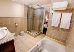 Courtyard Sandton - Johannesburg - Bathroom