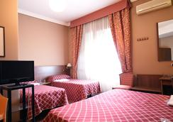 Hotel Derby - Rome - Bedroom