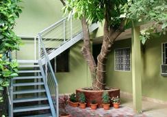 Hotel Casa de Angeles - Managua - Patio