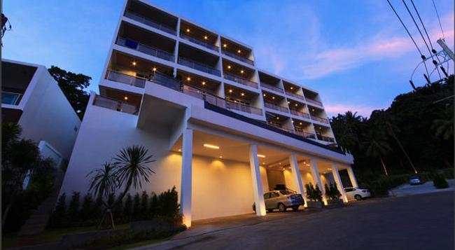 Lae Lay Suites - Karon - Building