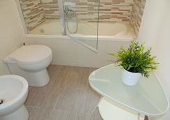 In Itinera Atelier B&B - Palermo - Bathroom
