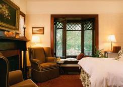 Country House - Santa Barbara - Bedroom