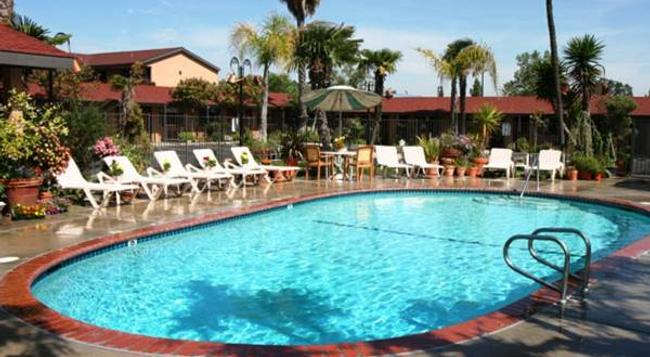 Adelaide Inn - Paso Robles - Pool