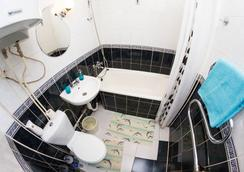 Majskij Aparthotel - Saint Petersburg - Bathroom