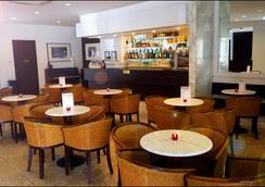 Hotel Notre Dame De La Sarte - Lourdes - Bar