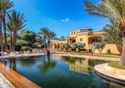 Palais Dar Ambre - Marrakesh - Pool
