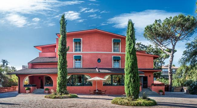 Resort La Rocchetta - Rome - Building