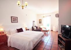 Posada Del Virrey - Colonia - Bedroom