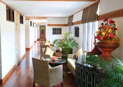 Hotel Amazing Nyaung Shwe - Nyaungshwe - Lobby