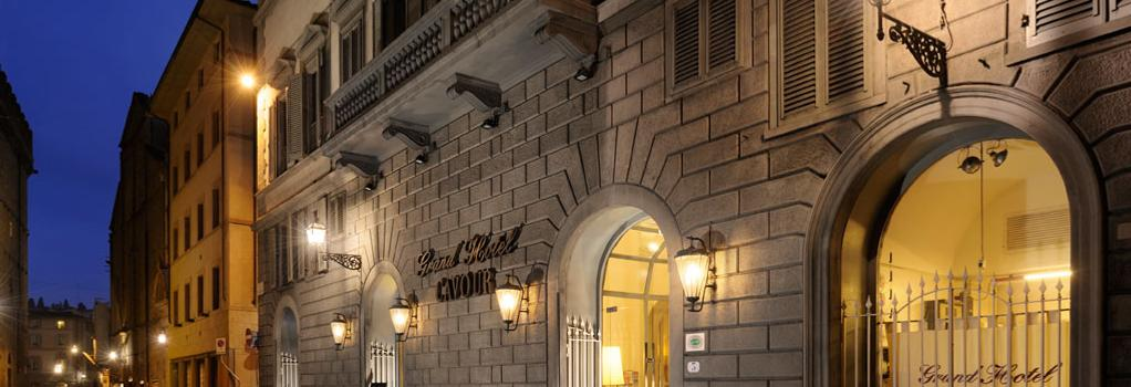 Grand Hotel Cavour - Florence - Building
