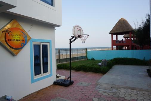 Sea La Vie Covelong Beach Resort - Chennai - Beach