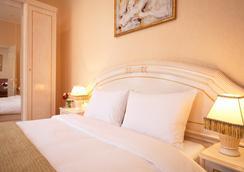 Marins Park Hotel - Rostov on Don - Bedroom