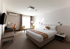 Jet Park Hotel & Conference Centre - Auckland - Bedroom