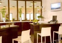 Oceandrivevr Suites - Miami Beach - Lobby