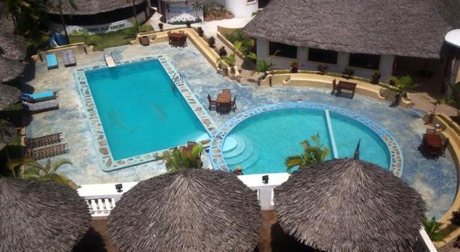 Malindi Breeze Point Hotel - Malindi - Building