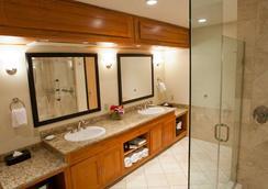 Mirabeau Park Hotel & Convention Center - Spokane - Bathroom
