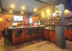 Grand Barong Resort Hotel - Kuta - Bar