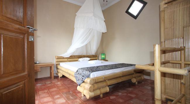 Citrus Tree B&B - Bantan Kangin - Ubud - Bedroom