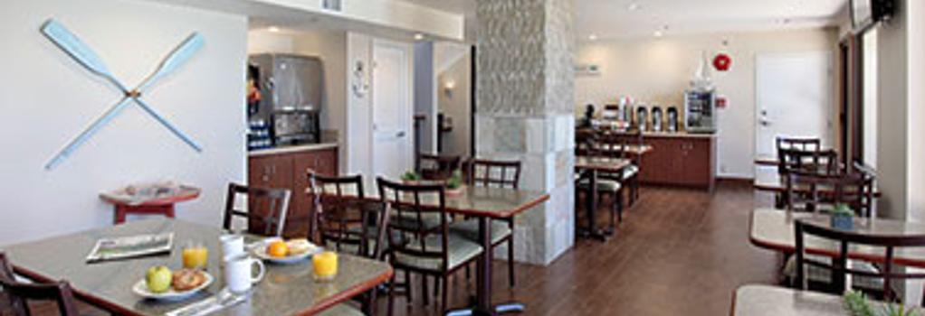 Inn at the Cove - Pismo Beach - Building
