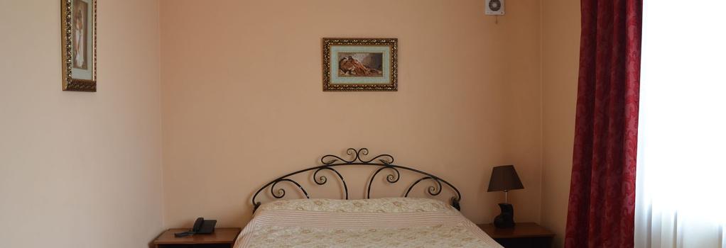 Club-Hotel Flagman - Bishkek - Bedroom