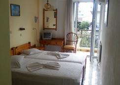 Karis Hotel - Kos - Bedroom