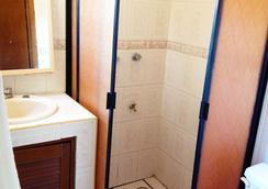 Kukulcan Hostel & Friends - Cancun - Bathroom