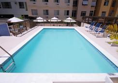 Hotel Astoria Copacabana - Rio de Janeiro - Pool