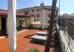Relais Trevi 95 Boutique Hotel - Rome