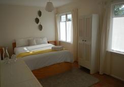 The Beach House Nelson - Nelson - Bedroom