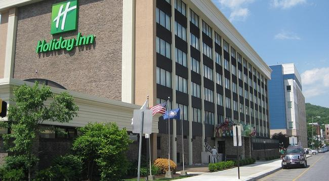 Holiday Inn Johnstown-Downtown - Johnstown - Building