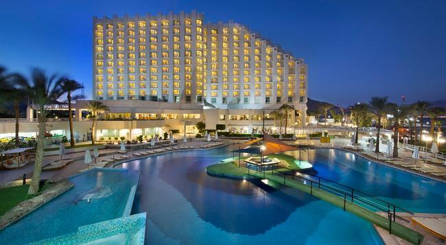 Hilton Taba Resort & Nelson Village - Taba - Building