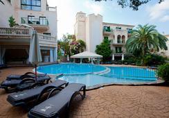 Lago Garden Apart-Suites & Spa Hotel - Cala Ratjada - Pool