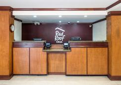 Red Roof Inn Cedar Rapids - Cedar Rapids - Lobby